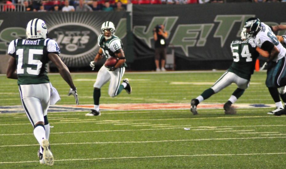 Football: Jets-v-Eagles, Sep 2009 - 44
